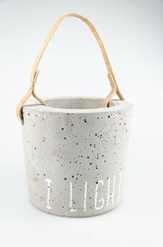 Ring cushion made of concrete from - Cement Art, Concrete Cement, Concrete Crafts, Concrete Projects, Ceramics Projects, Concrete Design, Beton Diy, Diy Plant Stand, Cushion Ring