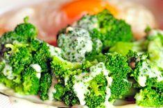 Varená brokolica so syrovou omáčkou