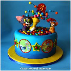 Tom and  Jerry Cake ~ so darn cute!