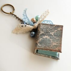 7 Insanely Adorable DIY Miniature Books and Notebooks ...