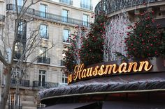 Haussman Christmas In Paris, Christmas Time, Place Vendôme, Broadway Shows, Neon Signs, Display Cases, Live, Holiday Clothes