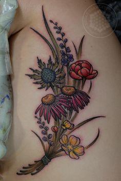 Wildflower bouquet by me Logan Bramlett Wanderlust Tattoo Society Akron Ohio Black Sleeve Tattoo, Full Sleeve Tattoo Design, Full Sleeve Tattoos, Time Tattoos, Body Art Tattoos, Tattoos For Guys, Tatoos, Tattoos Pics, Tattoo Drawings