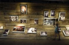 snapshot memento : scenography for a photography exhibition