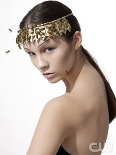 """""""Alek Wek"""" -- Photographer Mike Rosenthal and Jay Manuel take the models through a dramatic photo shoot with live bees on America's Next Top Model on The CW. Pictured: Brittani Cycle 16 Photo: /Pottle Productions Inc ©2011 Pottle Productions Inc. All Rights Reserved."""