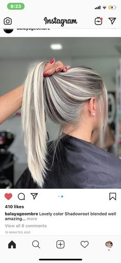 – Related posts: 25 dark blond long hairstyles gestufte haare sehr lang stufen blond Frisuren Mittellang Mit Pony Blond 48 ideas for hair red highlights blond dark brown … Hair Color And Cut, Cool Hair Color, Hair Colors, Ombre Hair, Balayage Hair, Gray Hair, Grey Blonde, Blonde Hair Looks, Hair Highlights