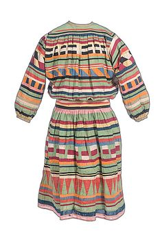 Traditional Seminole Men's Outfit in Florida Ethnic Outfits, Indian Outfits, Ethnic Clothes, Seminole Indians, Cowboys And Indians, Seminole Patchwork, Native American Clothing, Ribbon Skirts, Indian Dolls