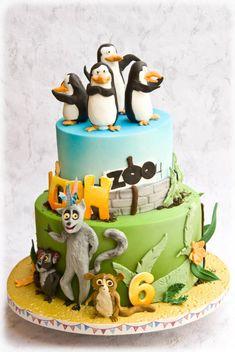 Madagascar penguins cake by Maria Schick
