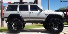 Jeep Cherokee Renegade - Gallery - Fuel Off-Road Wheels Modificaciones Jeep Xj, Jeep Xj Mods, Jeep 4x4, Jeep Truck, Jeep Wrangler, Jeep Garage, Lifted Jeep Cherokee, Jeep Grand Cherokee Zj, Cherokee Sport