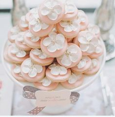 Piped Flower Cookies | Bobbette & Belle | Spring 2015