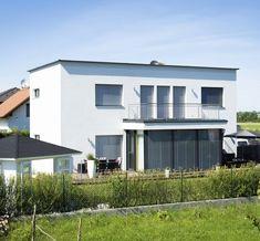 Familie gebhardt aus unterzögersdorf... Sterreich.... Nfamilienhaus... Rtighaus... Rtigteilhaus... Achdach... Assisch... Milie... Milienhaus... Edrigenergiehaus... Us... Uen... Usbau... Undriss... Lzhaus... Sterreich Style At Home, In Natura, Garage Doors, Mansions, House Styles, Outdoor Decor, Home Decor, Flat Roof, Log Home