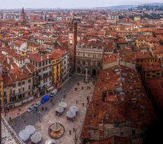 Piazza delle Erbe - Verona #Italy