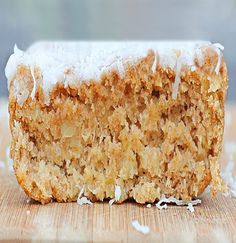 Cake so soft and crumbly and sweet, bursting with juicy pineapple and luxurious vanilla… for breakfast!