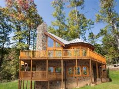 We are ranked in Gatlinburg for our luxury cabin rentals & condos for rent. Enjoy modern amenities & spectacular views of the Smoky Mountains! Vacation Wishes, Dream Vacation Spots, Family Vacation Spots, Need A Vacation, Vacation Places, Vacation Destinations, Dream Vacations, Gatlinburg Cabin Rentals, Gatlinburg Tn