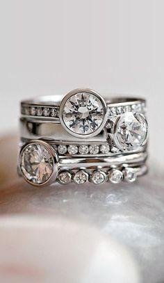 White Gold Luxe Luna Diamond Ring