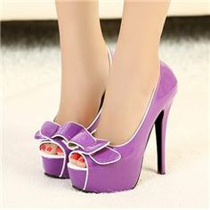 the cutest peep toe purple pumps Purple High Heels, High Heels For Prom, Super High Heels, Womens High Heels, High Shoes, Pretty Shoes, Cute Shoes, Me Too Shoes, Dress And Heels