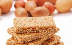 In Greece, sesame seed candy is called pasteli and is generally a flat, oblong bar made with honey and often including nuts. Healthy Desserts, Dessert Recipes, Cyprus Food, Greek Pastries, Greek Sweets, Mediterranean Recipes, Greek Recipes, Fudge, Sweet Tooth