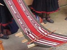 How Peruvian Weaving is Done - You'll never believe how they achieve these amazing colors! (3:58)