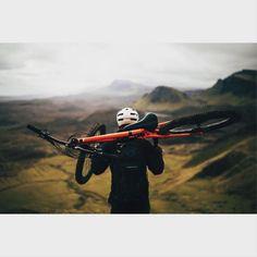Mountainbike adventure in Scotland. Great photo by Trevor Worsey!