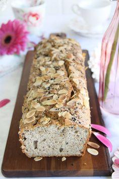 Receta de pan de semillas sin gluten Gluten Free Baking, Gluten Free Desserts, Dairy Free Recipes, My Recipes, Recipies, Healthy Bread Recipes, Healthy Desserts, Healthy Food, Pan Sin Gluten
