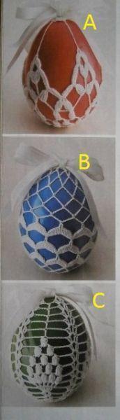 Vkládám skoro na poslední chvíli další část popisů na háčkovaná vajíčka. Tentokrát jsouz z polského ... Crochet Bowl, Easter Crochet, Knit Crochet, Easter Egg Basket, Easter Eggs, Crochet Stone, Easter Crafts, Easter Ideas, Beautiful Crochet