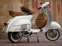 Vespa - gonna ride this soon.