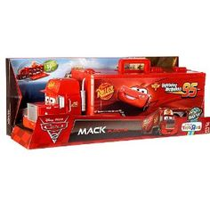 Disney / Pixar CARS 2 Movie Exclusive Carry Case Playset Mack Playcase