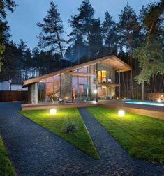 Constructie moderna din piatra si lemn