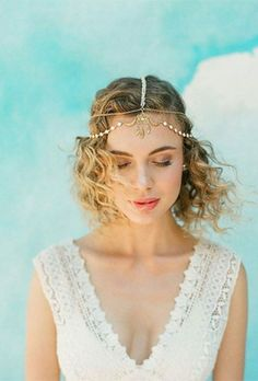 17 Wedding Hairstyle Ideas for the Lob Haircut | Brides.com