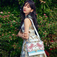 Suzy (Bae) for Fendi Korean Beauty, Asian Beauty, Korean Celebrities, Celebs, Famous Celebrities, Korean Girl, Asian Girl, Miss A Suzy, Instyle Magazine