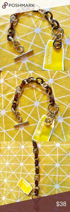 "Michael Kors Tortoise Golden Chain Bracelet NWT Brand new Michael Kors Tortoise Golden Chain Bracelet. With tag Length: 9"" (23cm) Michael Kors Jewelry Bracelets"