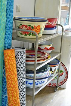 lot's of #enamelware in the #kitchen