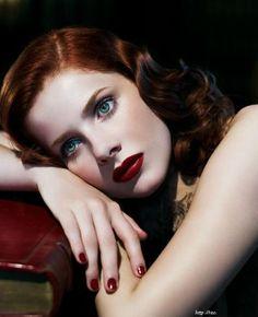Rachel Hurd Wood Red Black Curle Straight Hairstyles