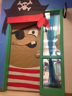 Pirate door at the BCLC - Arrrggggg!!- halloween   decoracion de ...