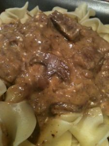 crockpot beef stroganoff: for my hubby, he loves beef stroganoff