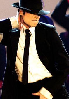 MJ VMAs 1995