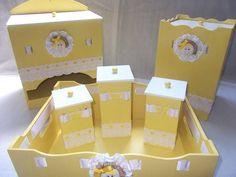 Kit Higiênico Menina Kit Bebe, Baby Kit, Moana, Decoupage, Diy And Crafts, Alice, Scrap, Baby Shower, Box
