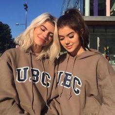 Sahar Luna  and her best friend Kelsey