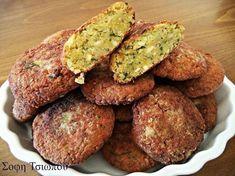 Ρεβυθοκεφτεδες! ΥΛΙΚΑ 2 κούπες ρεβύθια 1 μεγάλη πατάτα ξεφλουδισμένη,βρασμένη και λιωμένη 4 κρεμμυδάκια χλωρά ψιλοκομμένα ή 2 ξερά μαιντανο άνηθο αλάτι πιπέρι κύμινο ρίγανη 1-2 σκελ.σκόρδο τριμμένες αλεύρι για το τηγάνισμα λάδι για το τηγάνισμα ΕΚΤΕΛΕΣΗ Μουλιάζουμε από βραδύς τα ρεβύθια με 1 κ.γ αλάτι.Την επομένη τα ξεπλένουμε και τα Vegetable Recipes, Vegetarian Recipes, Cooking Recipes, Healthy Recipes, Greek Cooking, Greek Dishes, Vegan Dishes, Greek Recipes, Appetizer Recipes