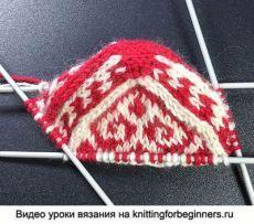 Crochet slippers monster drops design 31 Ideas for 2019 Crochet Flower Hat, Crochet Shoes, Crochet Scarves, Crochet Yarn, Crochet Patterns Free Women, Easy Knitting Patterns, Crochet Blanket Patterns, Knitting Socks, Hand Knitting
