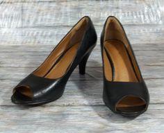 Clarks Artisan Heels Pumps Womens Size 8.5 N Narrow Black Leather Peep Toe Shoes #Clarks #PumpsClassics #WeartoWork