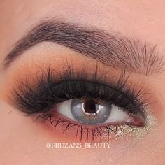 Easy and awesome eye makeup tutorials! Easy and awesome eye makeup tutorials! Eye Makeup Art, Simple Eye Makeup, Makeup Inspo, Eyeshadow Makeup, Makeup Inspiration, Eyeliner, Pretty Makeup, Easy Makeup Looks, Makeup Brushes