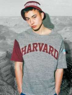 VOTE MAKE NEW CLOTHING  BIG TEE HARVARD