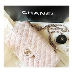 🎉4xHP🎉 Lmtd Edition CHANEL Tweed2.55 Double Flap ***Price FIRM*** ‼️REDUCED TO LOWEST & FINAL PRICE‼️ Authentic pink Medium 2.55 double flap w/SHW. Rare Lmtd Edition spring 2004collection.Great condition w/minor wear: light external transfer,darkening of leather chain,inside lambskin leather has light wear/markings&scratches from normal use.I have shopping bag &original, box/dustbag/authenticity&care cards from purchase.🚫NO Bundle Discount🚫🚫NO TRADES/PP🚫 **SERIOUS BUYERS ONLY!** See…