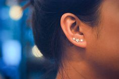 Mini three stars sterling silver ear pins por arajera en Etsy, ₱700.00
