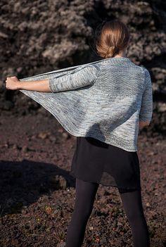 Ravelry: Breiðárlón cardigan pattern by Christelle Nihoul