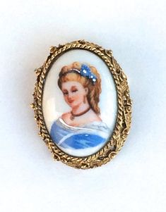 Limoges Porcelain Portrait Brooch Victorian Revival Unique | Etsy Vintage Lockets, Vintage Jewelry, Vintage Gifts, Unique Vintage, Welcome New Year, Vintage Vogue, Mother Gifts, Blue Flowers