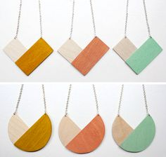 geometric necklaces in triangle and circle