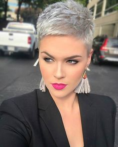 Today we have the most stylish 86 Cute Short Pixie Haircuts. We claim that you have never seen such elegant and eye-catching short hairstyles before. Pixie haircut, of course, offers a lot of options for the hair of the ladies'… Continue Reading → Super Short Hair, Short Grey Hair, Short Hair Cuts For Women, Short Hairstyles For Women, Hairstyle Short, Short Pixie Haircuts, Pixie Hairstyles, Short Pixie Cuts, Short Bobs