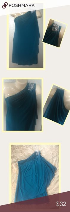 🌹 Sexy One Shoulder Dress 🌹 Brand new without tags. Bought but never wore and it's been hanging in my closet for two years now. While taking the pictures noticed that some of the rhinestones are loose. Other than that, it's great and sexy!😉  Color:  Teal Size:  8 DJ-JAZ Dresses