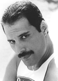 Find Freddie Mercury bio, music, credits, awards, & streaming links on AllMusic - Best known as the flamboyant lead singer of… Queen Freddie Mercury, Tatouage Freddie Mercury, Freddie Mercuri, Freedy Mercury, Impression Poster, Portrait Photos, King Of Queens, Roger Taylor, Somebody To Love